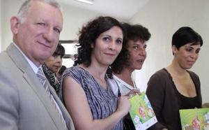 """Présentation de l'opération """"Livret Eco-gestes"""" à l'école de Mezzana"""